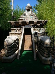 Woody's Golf Range Tomb